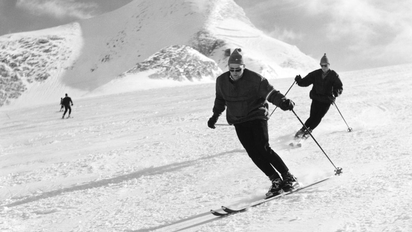 60er Jahre: Lange Bretter und Lederschuhe