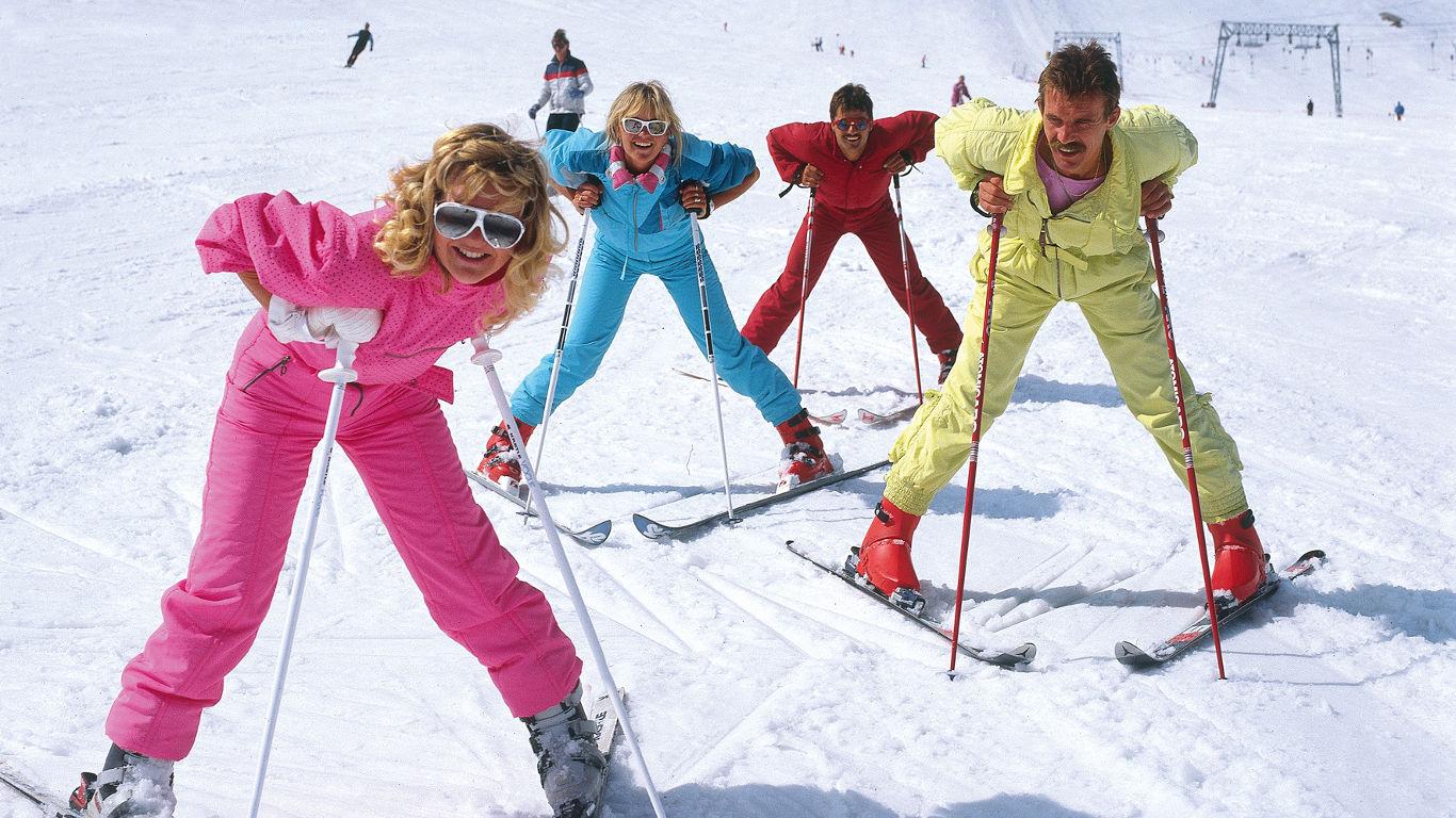 80er Jahre: Schrille Neon-Outfits leuchten auf den Pisten