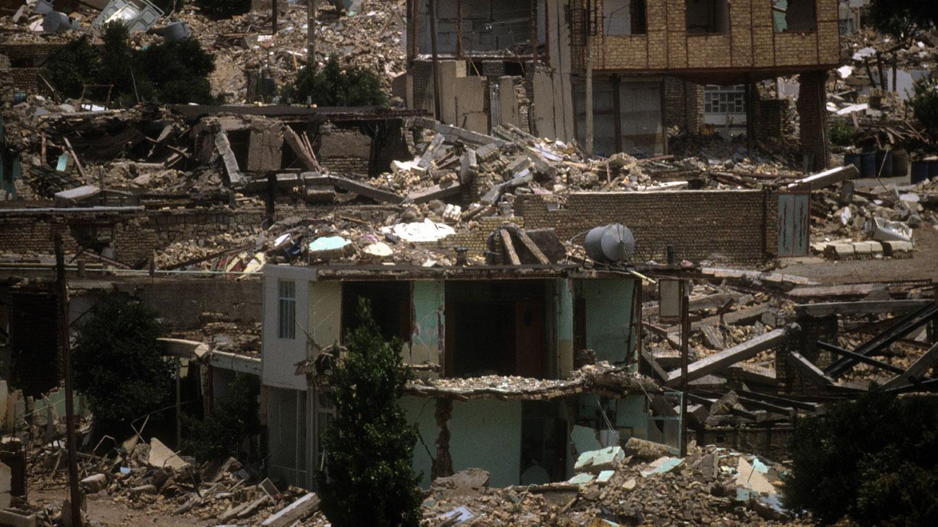1990: Ein Erdbeben verwüstet den nordwestlichen Iran