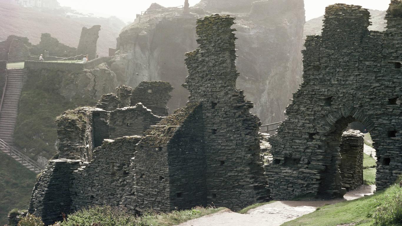 Wo liegt die Heimstätte König Artus?