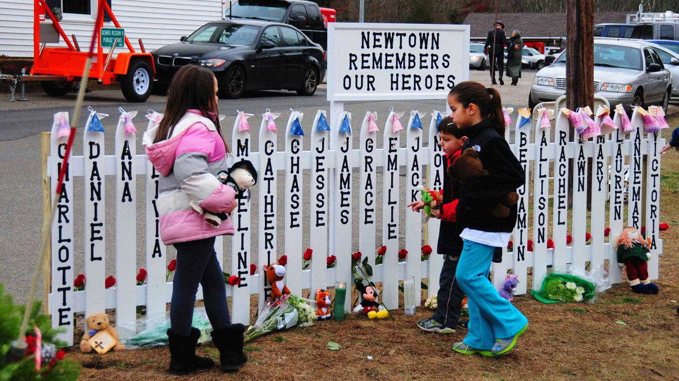 14. Dezember 2012: Sandy Hook Elementary School in Newtown im US-Bundesstaat Connecticut