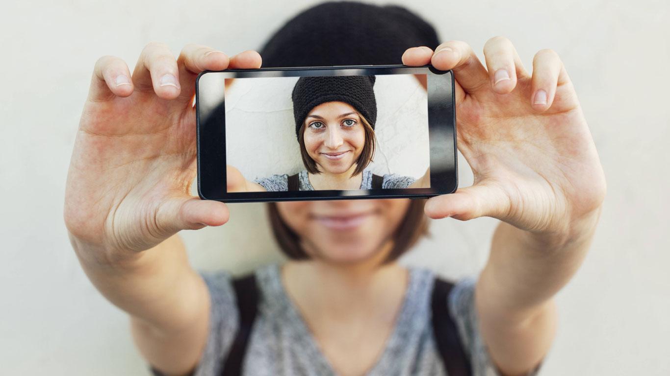 Fördern Selfies Schönheitsoperationen?