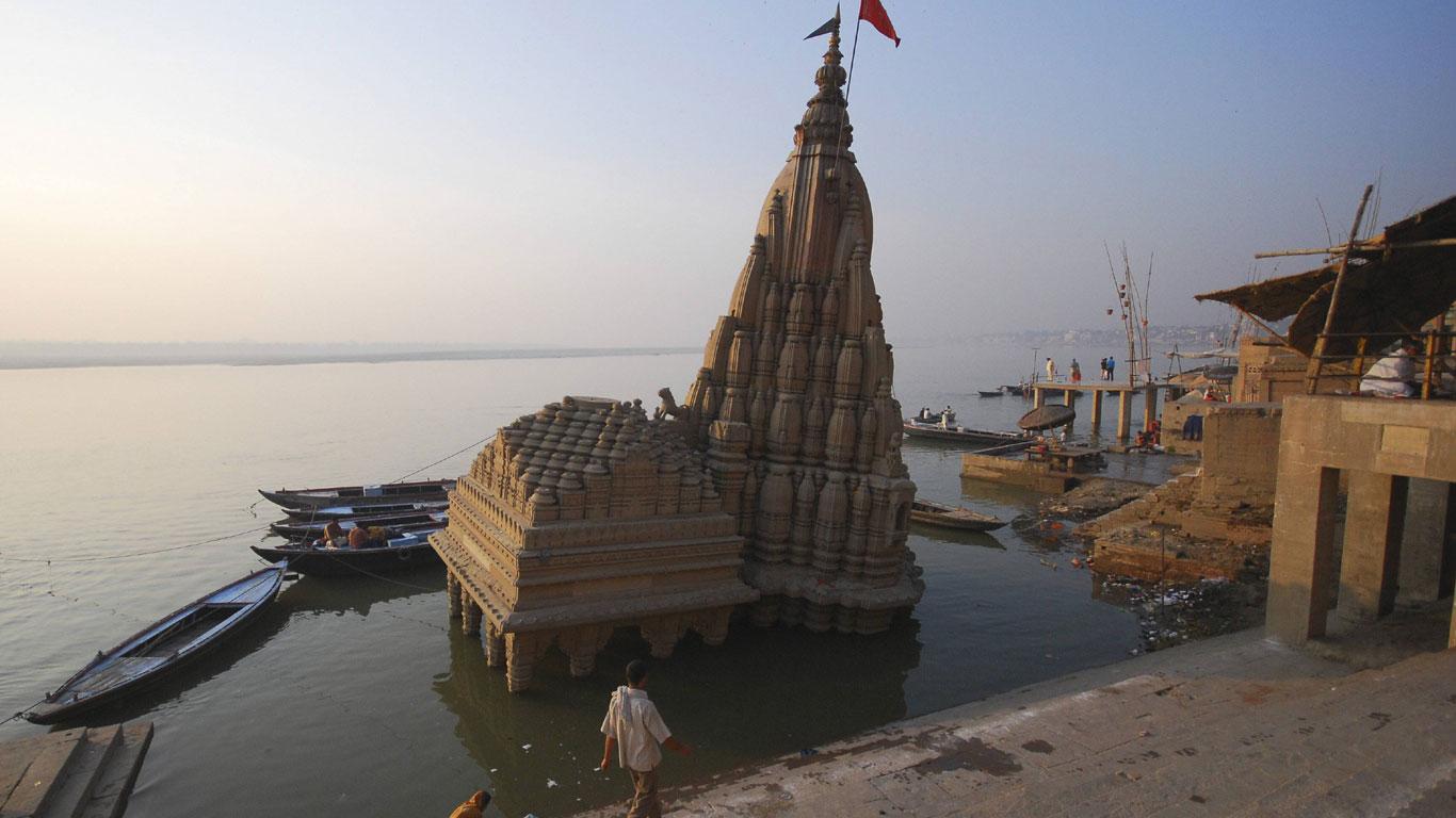 Der schiefe Turm von Varanasi