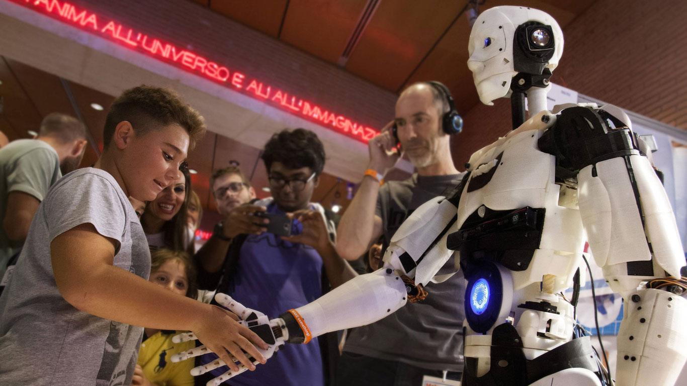 Woher kommt das Wort Roboter?