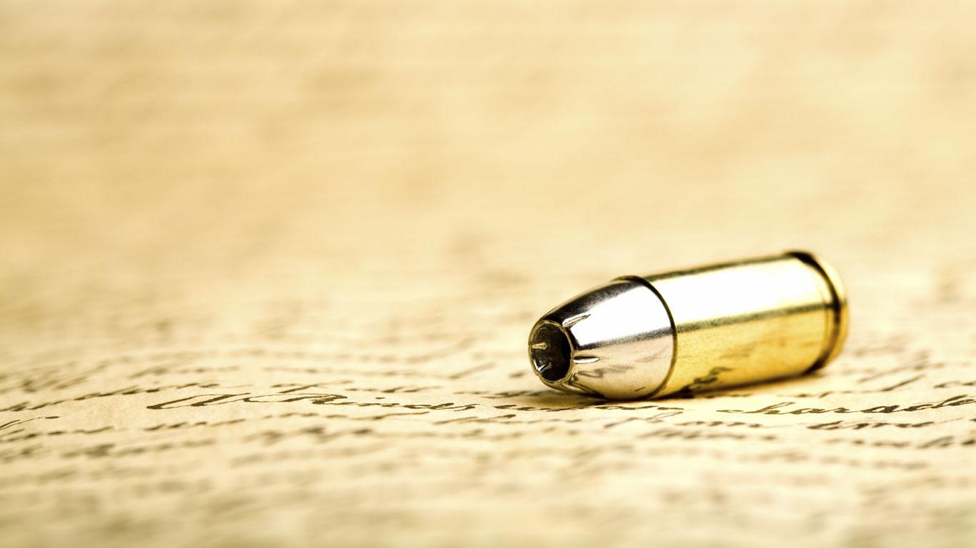 Eine herabfallende Gewehrkugel kann einen Menschen töten