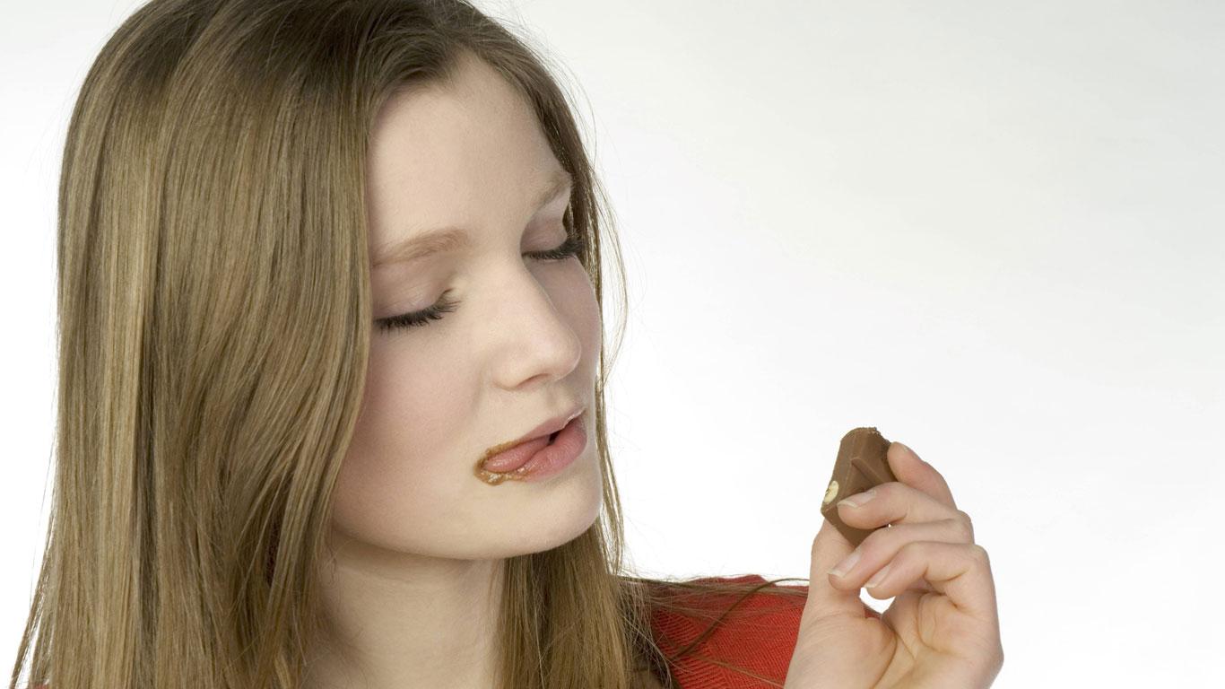 Hat braune Schokolade mehr Kalorien als weiße?