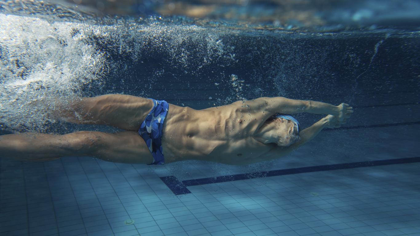 Warum ist Schwimmen schwerer als Laufen?
