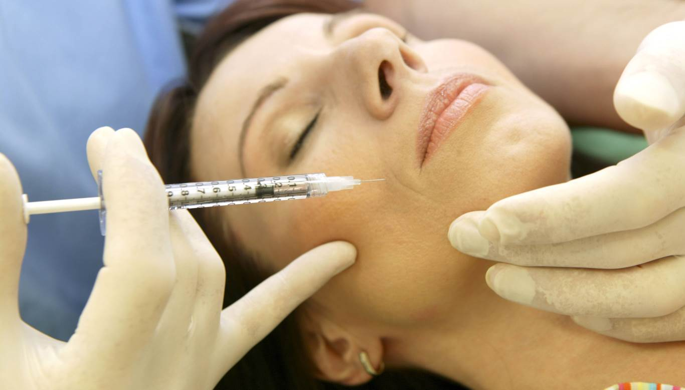 6. Der Arzt sagt: Gegen Falten der unteren Gesichtshälfte hilft Botox