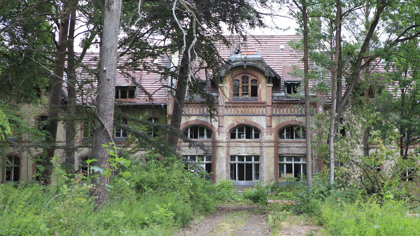 Wohin Hitler und Honecker flüchteten – Beelitz-Heilstätten; Potsdam (Brandenburg)