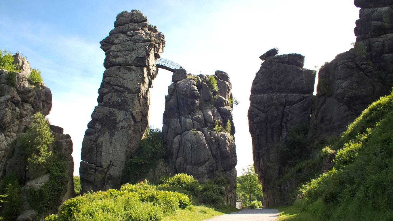 Der Kraftort der Nazis – Externsteine; Horn-Bad Meinberg (Nordrhein-Westfalen)
