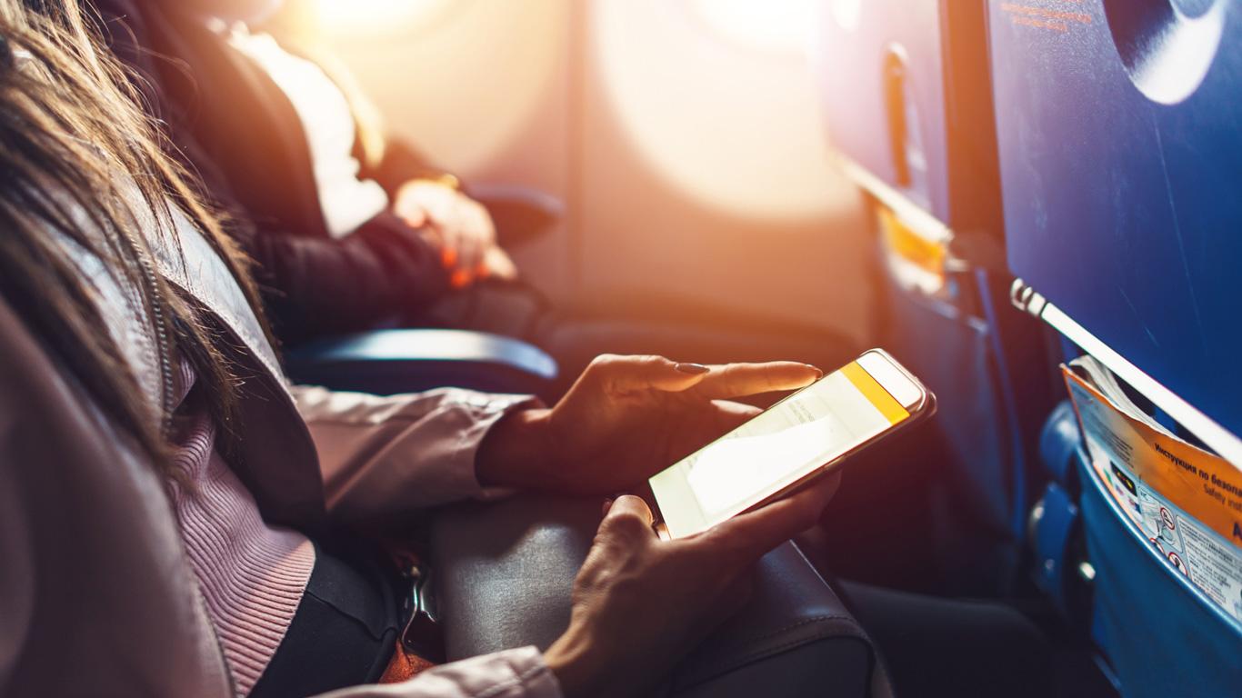 Können elektronische Geräte das Flugzeug abstürzen lassen?