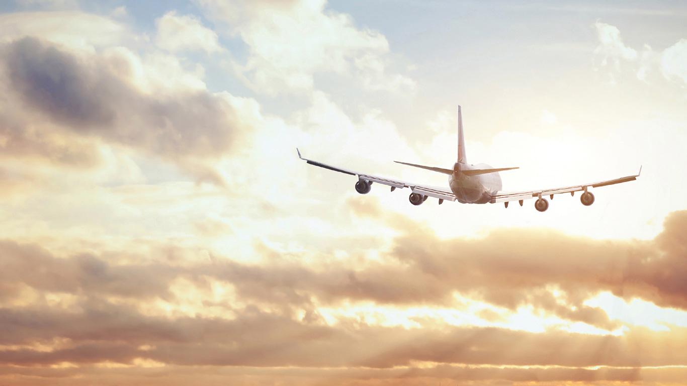Stürzt das Flugzeug wie ein Stein zu Boden, wenn alle Motoren ausfallen?