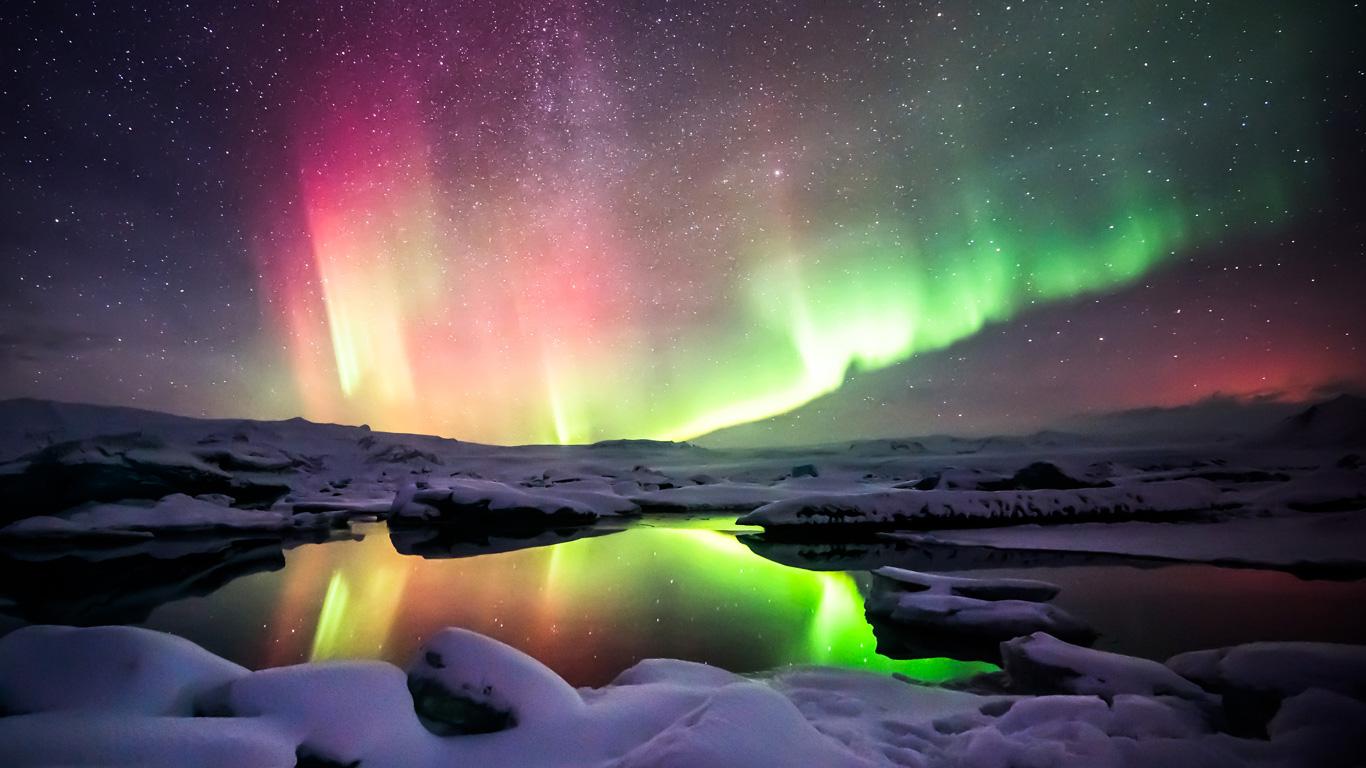 Farbenfrohe Nordlichter