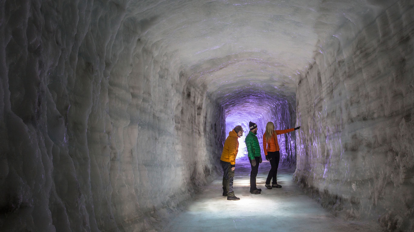 Spaziergang durch den Gletscher