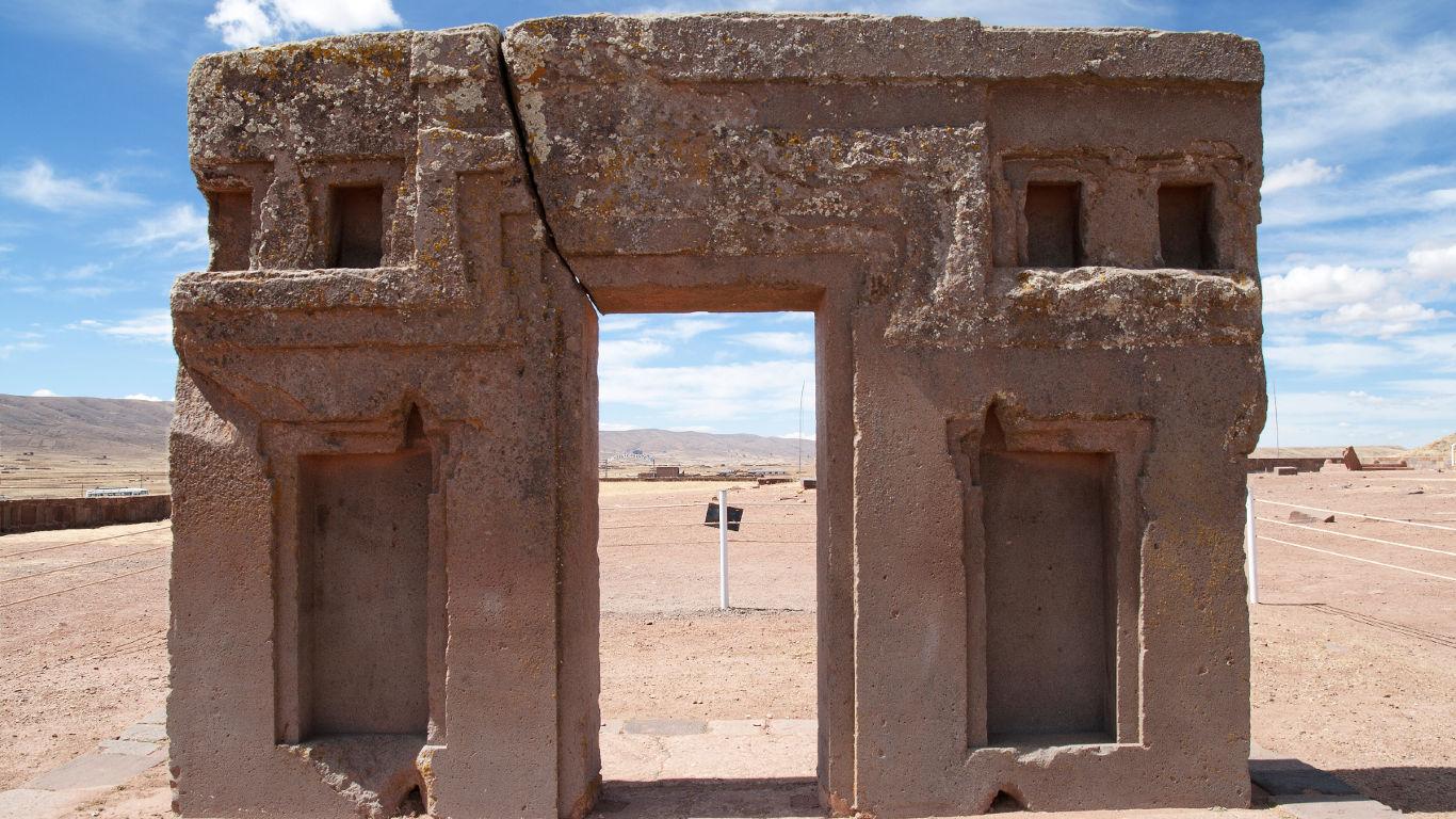 Die Ruinenstätte Tiahuanaco in Bolivien