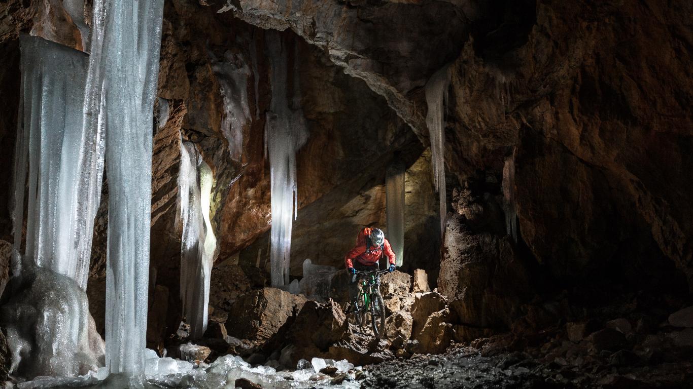 Die Höhle befahren